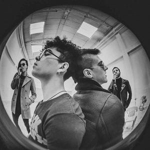 lasociedaddelasombrilla Bandas de rock