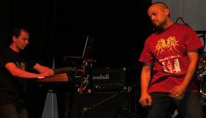 Juan F Currea - Apolion S Genocide, Músicos Metaleros y Rockeros