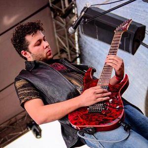 Juan Pablo Arroyave - God Of Lies, Músicos Metaleros y Rockeros