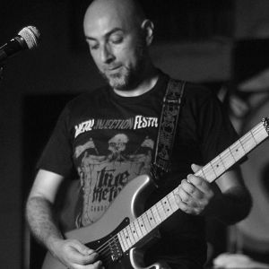 Julian Buritica - Shadows And Chaos, Músicos Metaleros y Rockeros