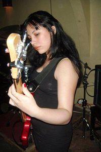 Laura Corrales - Reencarnacion, Músicos Metaleros y Rockeros