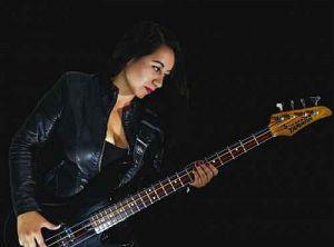 Luna Hernandez - Symphony Of Salem, Músicos Metaleros y Rockeros