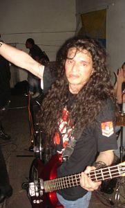 Mario Cruz - Ursus, Músicos Metaleros y Rockeros