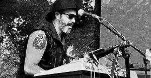 Milton Garcia - Titanika, Músicos Metaleros y Rockeros